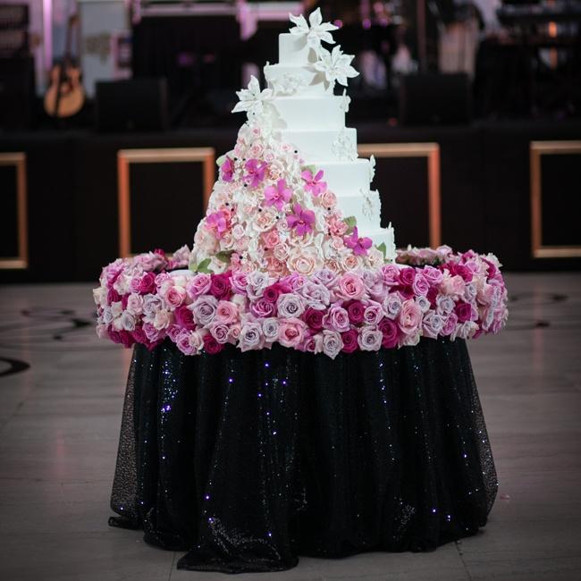 Pink Rose Decorated Cake