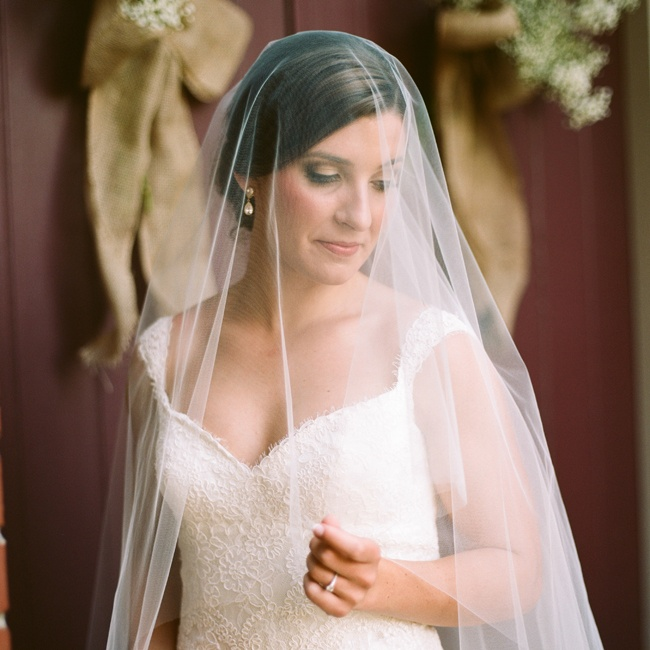 The bride's simple veil gave off a gauzy, romantic vibe during the ceremony.