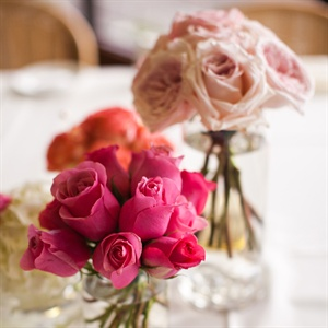 Simple Pink Rose Centerpieces