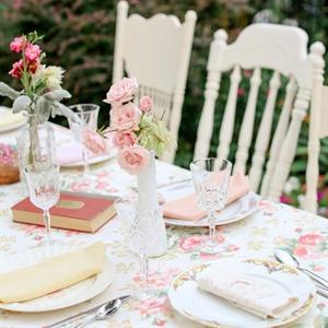 Floral Print Tablecloths