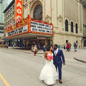 Chicago Theatre Couple Shot