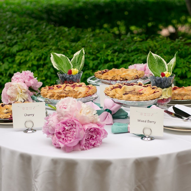 Along with the cookie bar, the couple also had a whole table of various pies for guests to eat.