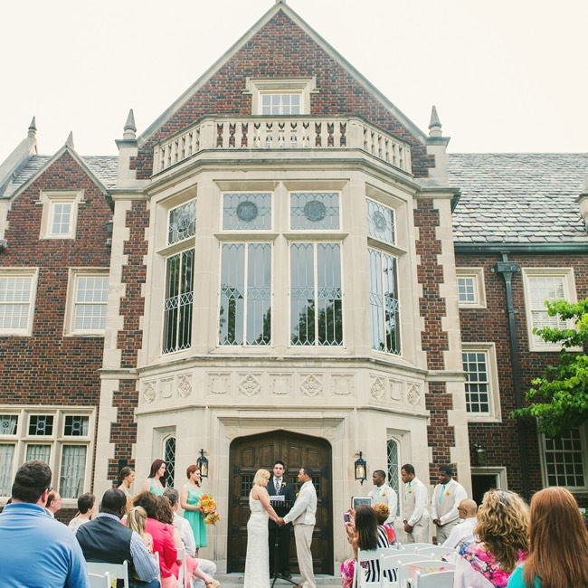 The ceremony took place outdoors in front of the grand entrance to the 1920's Harwelden Mansion.