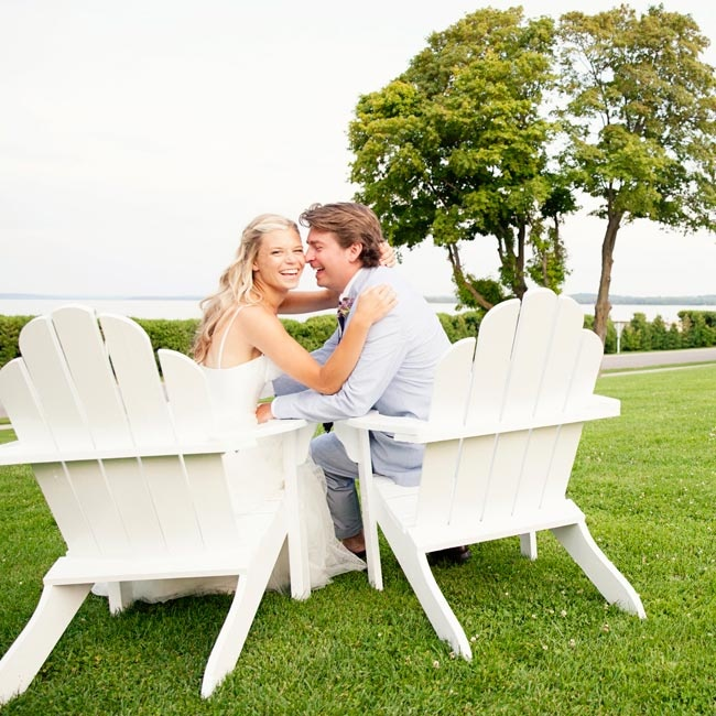 Kendra and Leland planned their contemporary-yet-relaxed nuptials within nine months of getting engaged.