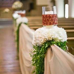 Pillar Candle and Hydrangea Aisle Markers