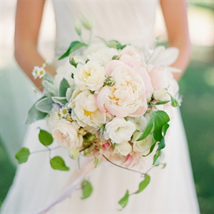Romantic Garden-Inspired Bridal Bouquet