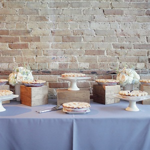 Rustic Chic Dessert Table