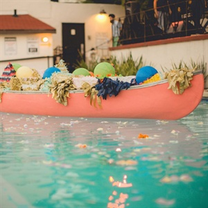 Canoe Pool Decor
