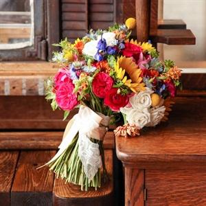 Bright Wildflower Bouquet