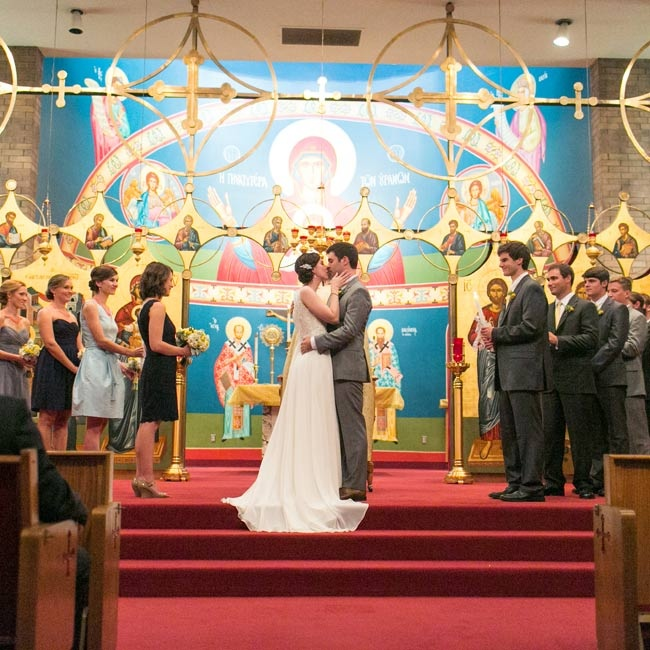 Ann and Matt married in a traditional ceremony at Annunciation Greek Orthodox Church.
