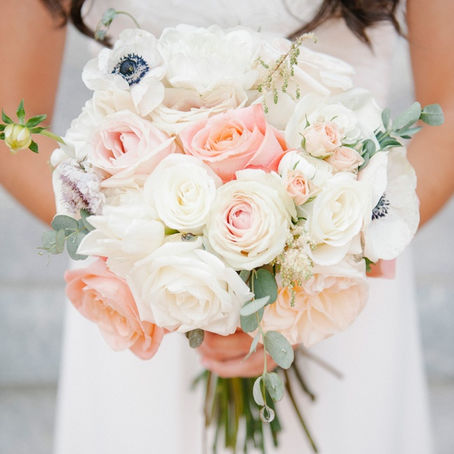 Sarah Jane's romantic blush and ivory bouquet was given a modern twist with white anemones.
