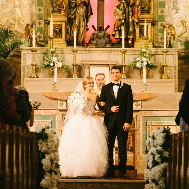 Kelly and Paul were married in the Basilica of St. Lawrence in a traditional Catholic ceremony.