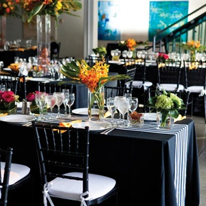 Black and White Reception Decor
