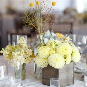 Soft Yellow Dahlia Decorations