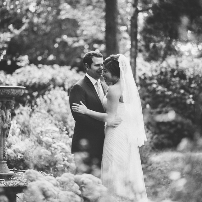 Mark Ingram made Lisa's custom veil, which coordinated with the lace on her gown.