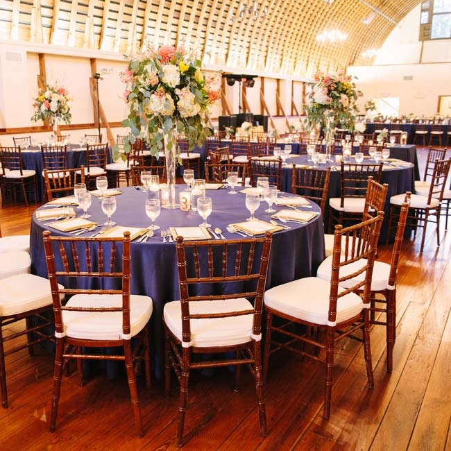 Ryan and Matthew kept the place settings simple and elegant with dramatic, high centerpieces.