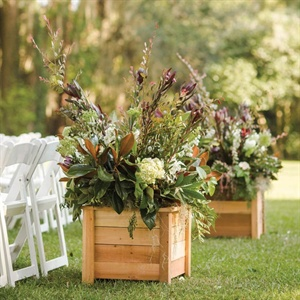 Lush Green Ceremony Decor