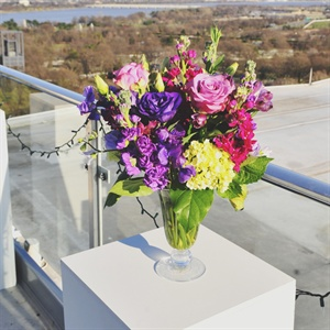 Bright Ceremony Flower Decor