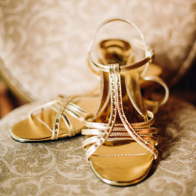 Indhu's strappy gold sandals complemented the custom sari she wore at the reception.