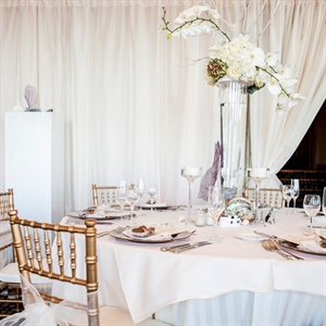 White, Beach-Inspired Centerpieces