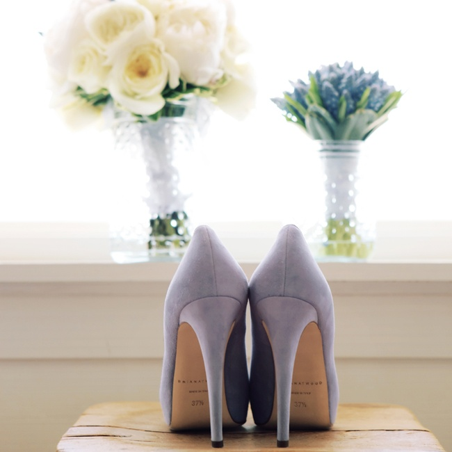 Daniella chose light blue Brian Atwood heels.