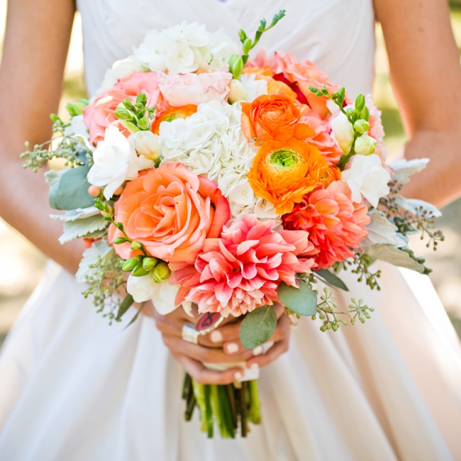 Coral And Pink Wedding Flowers: A Ram's Head Inn Wedding In Shelter Island, New York