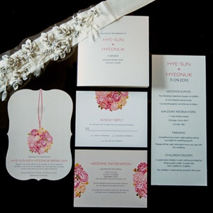 Rose Decorated Invitation Set