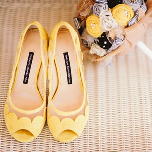 Yellow Scalloped Heels & DIY Bouquet