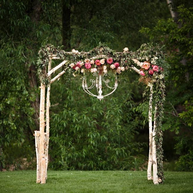 Country Wedding Altars: Elaborate Rustic Ceremony Altar