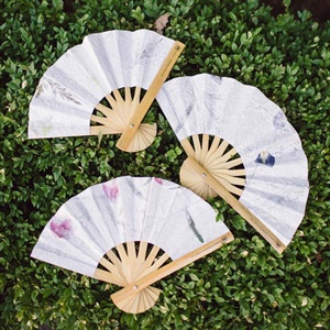 Feminine Fan Favors