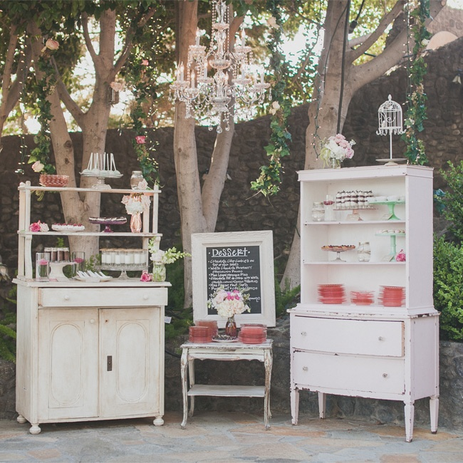 A romantic garden wedding at a private residence in malibu for Malibu house rentals for weddings