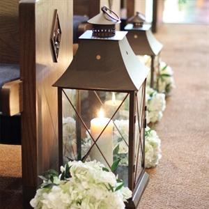 Lantern Aisle Markers