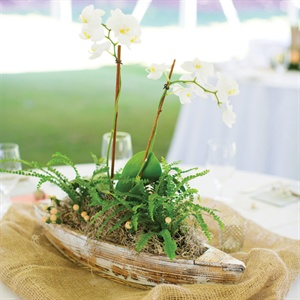 Boat-Themed Centerpiece