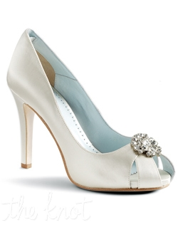 "Shoe features 4"" heel. White or ivory. Sizes 5-11M"