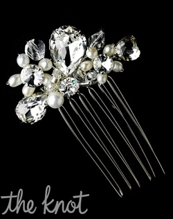 Silver-plated comb features freshwater pearls and rhinestones.