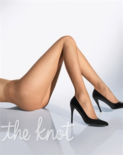 Pantyhose feature flat toe seam. Available in black or nude. Available in sizes XS-L.