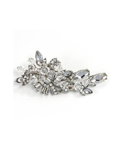 Rhodium-plated hair clip features Swarovski crystals and rhinestones.