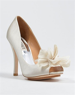 Platform wedding shoe with flower
