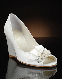 Wedge wedding shoe with pearl and crystal decoration