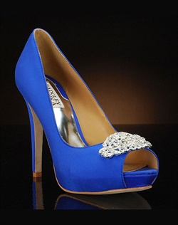 Decorated Platform Peep toe pump