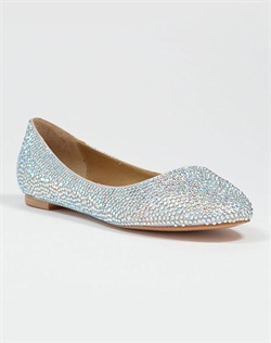 Round toe ballet flat with Austrian crystals