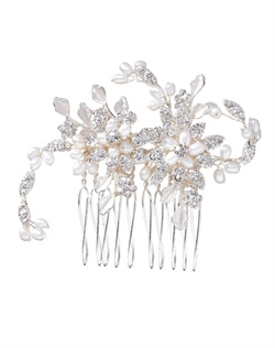 Classic hair comb with sinewy lines and flowers crafted from shimmering pavթ cubic zirconia and white, man-made pearls. Brass with rhodium plating (shown in silver finish).