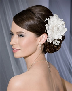 Romantic rose with beaded Alençon lace accent and rhinestone leaves on a clip.