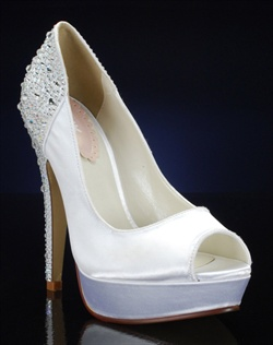 Peep toe platform pump with sparkly heel