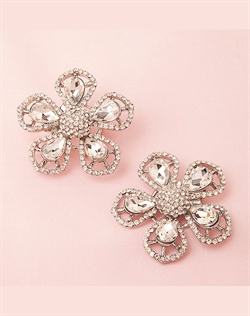 Glamorous rhinestone shoe clip flowers for bridal, bridesmaid and evening shoes. Attach them on the front, side or back of shoes and add glamour and sparkle to your look.