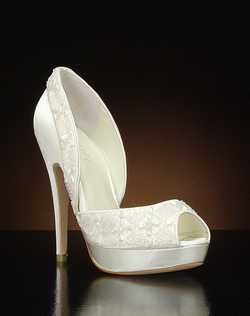 Peep toe platform pump with beaded detail