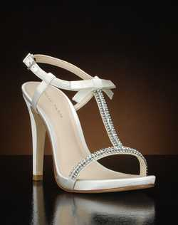 T-strap heel with bow accent