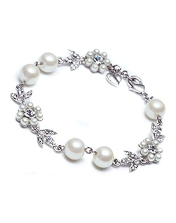 The Leanne Crystal and Pearl Bracelet