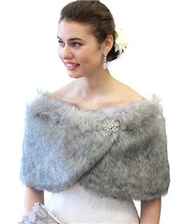 Grey Chinchilla Faux Fur Wrap is ideal for brides, bridesmaids, weddings, bridal and formal events in colder weather.  Satin lined faux fur wrap stole shawl. Measurement:  49 in X 11.5 in with a pair of small hook and eye for closing.
