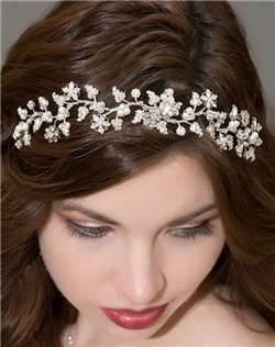 Floral Crystal and Pearl Hair Vine